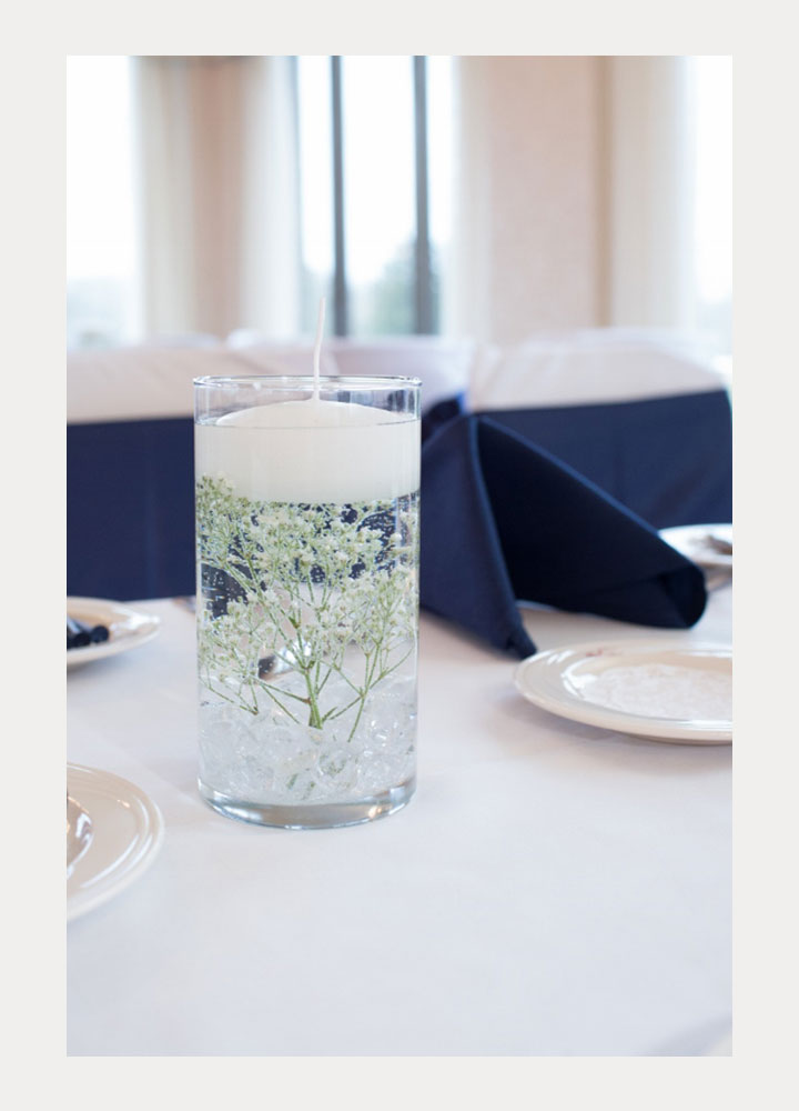 Submerged Baby S Breath For A Winter Wedding