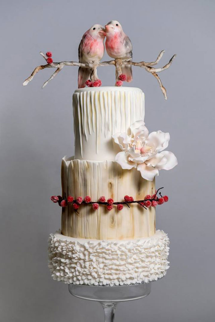17 Of The Most Festive Winter Wedding Cakes Ever