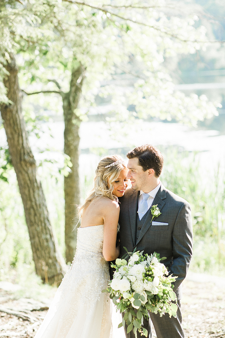 Sun-drenched July Wedding At Arrow Park