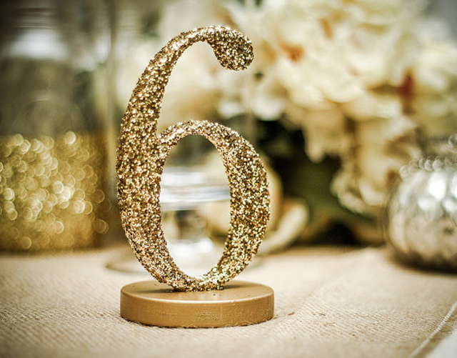 we ❤ this!  moncheribridals.com #glittertablenumbers