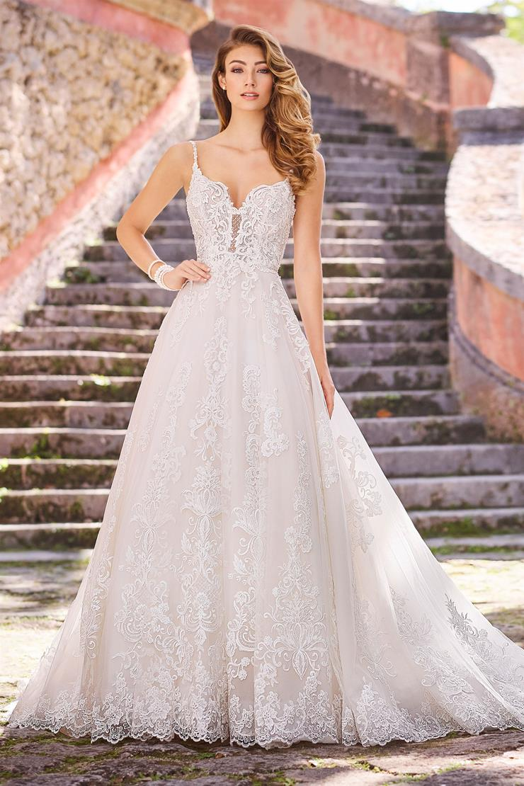 Daniela Lace A-Line Gown with Sweetheart Neckline