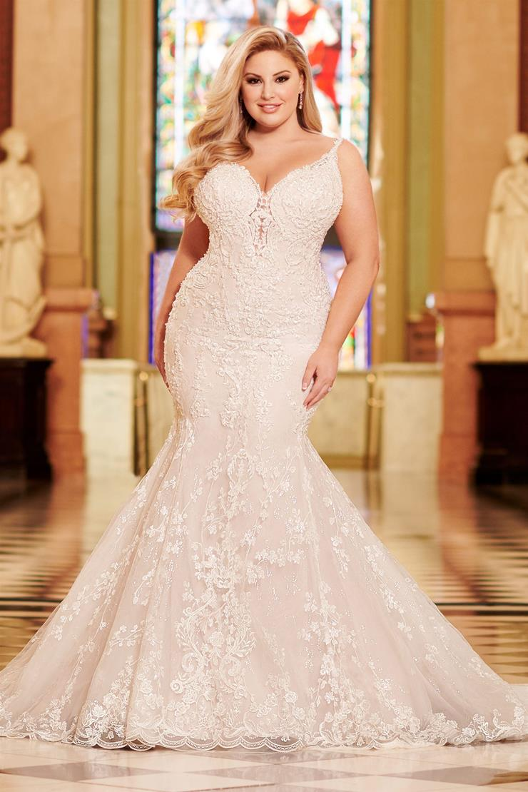 Avalon Jaw-dropping lace and organza plus size mermaid gown